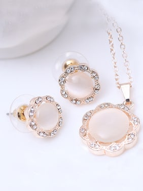 Alloy White Gold Plated Fashion Artificial Pearl Flower-shaped Two Pieces Jewelry Set
