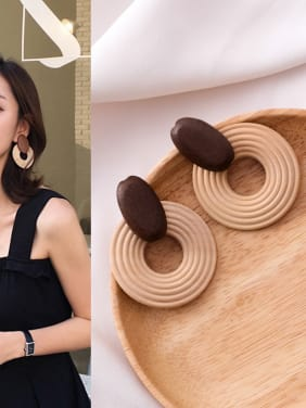 Chandelier Wood exaggerated geometric spiral circular Earrings