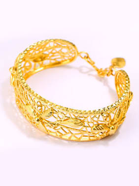 Retro Exaggerated Hollow Opening Bangle