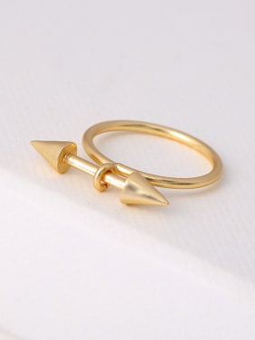 Women 16K Gold Plated Geometric Shaped Ring
