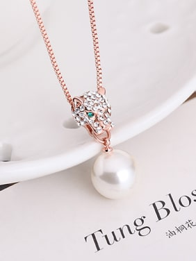 Alloy Rose Gold Plated Leopard Head Artificial Pearl and Rhinestones Two Pieces Jewelry Set