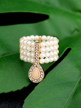 Multi layer Artificial Pearls Stretch Western Style Ring