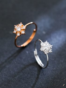 Sterling Silver with zricon snow free size rings