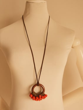 Women Wooden Round Shaped Sweater Necklace