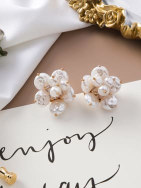 Alloy With Gold Plated Fashion Flower  Imitation Pearl Stud Earrings