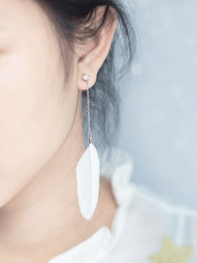 Creative Feather Shaped S925 Silver Rhinestone Drop Earrings