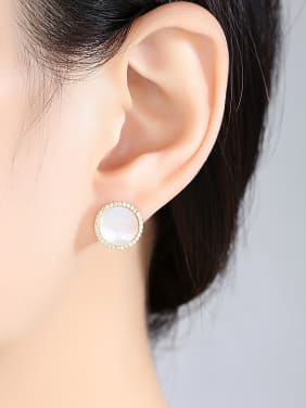 Pure silver with 3A zircon and natural Seashell studs.