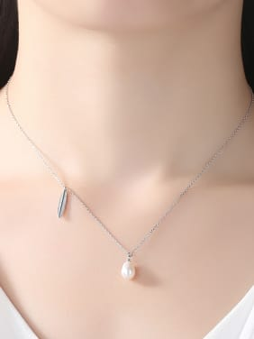 Sterling silver leaf shaped natural freshwater pearl necklace