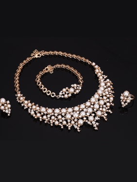 Alloy Imitation-gold Plated Fashion Artificial Pearl and Rhinestones Four Pieces Jewelry Set