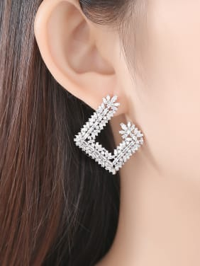 Copper inlaid AAA cubic zirconia Fashion Geometric Party Stud Earrings