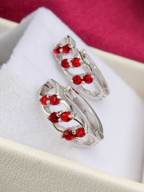 Elegant Red Geometric Shaped Zircon Clip Earrings