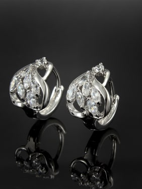 All-match Platinum Plated Heart Shaped Zircon Clip Earrings
