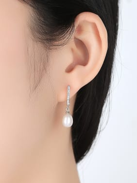 Sterling silver with AAA zircon 8-9mm Natural Freshwater Pearl Earrings