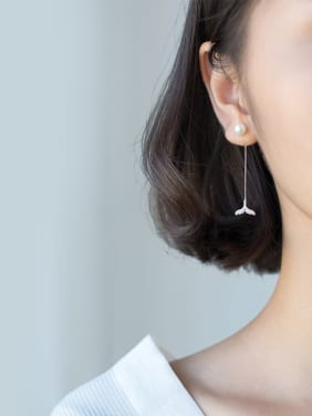 Sterling silver dreamy tail artificial pearl earrings