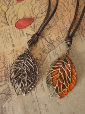 Couples Leaf Shaped Cownhide Leather Necklace