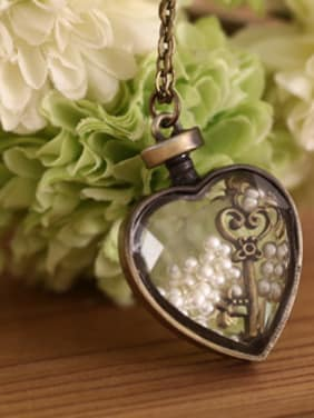 High-grade Heart Shaped Lucite Necklace