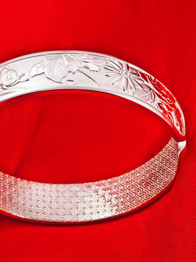 Bohemia style Flowery Patterns-etched 999 Silver Opening Bangle