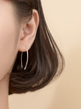 925 Sterling Silver With Platinum Plated Fashion Irregular Hoop Earrings