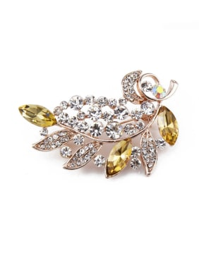 Leaf-shaped Crystal Brooch
