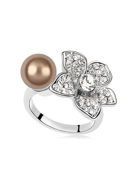 Fashion Imitation Pearl Crystals-covered Flower Alloy Ring