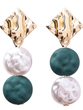 Alloy With Gold Plated Bohemia  Imitation Pearl Oval Earrings