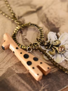 Wooden Giraffe Tower Shaped Necklac