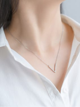 S925 silver V shape zircon clavicle necklace