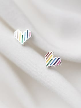 925 Sterling Silver With Platinum Plated Simplistic Heart Stud Earrings