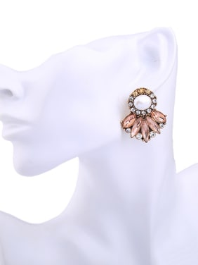 Temperament Leaves -shape Stud Chandelier earring