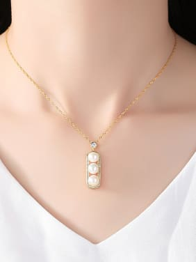 Sterling Silver Fashion Pod Natural 8-9mm Freshwater Pearl Necklace