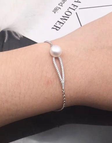 Freshwater Pearl Hollow Leaf Bracelet