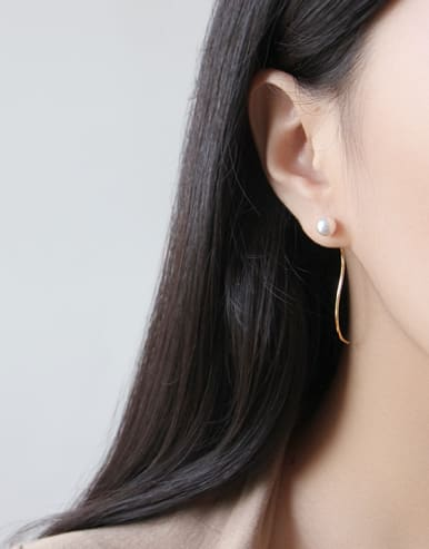 Sterling silver  simple S type imitation pearl  ear wire