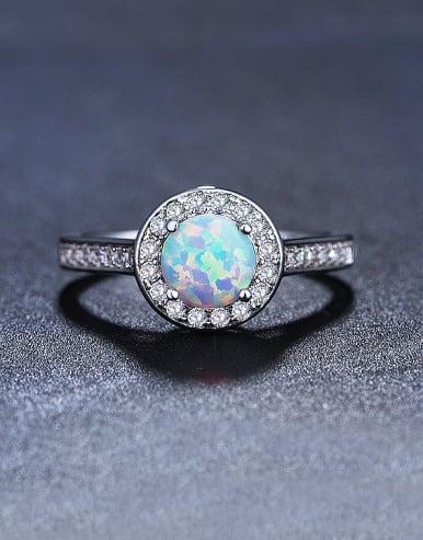 Round Shaped Engagement Ring