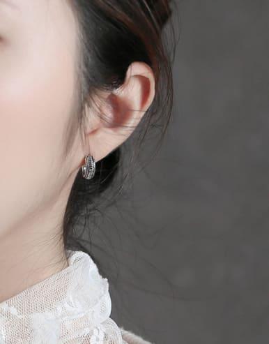 Sterling silver retro twist earrings