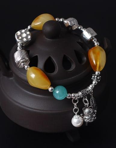 Beautiful Natural Yellow Beeswax Stones Bracelet