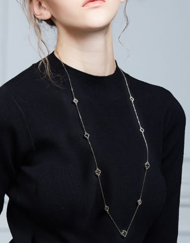 Simple Black Clovers Gold Plated Sweater Chain