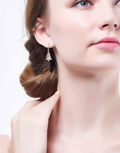 Tree-shaped Crystal hook earring