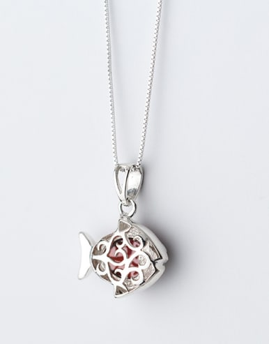 Lovely Fsh Shaped Red Stone S925 Silver Pendant