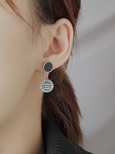 Vintage Sterling Silver With Fashion Asymmetry Round Drop Earrings
