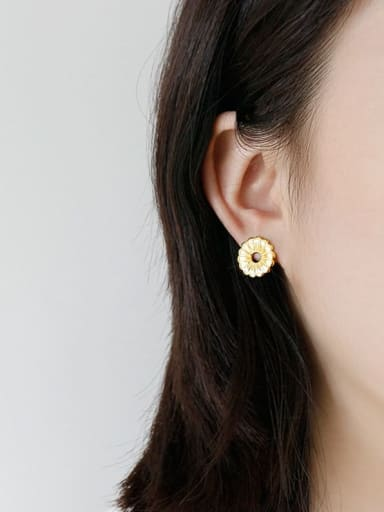 925 Sterling Silver With Gold Plated Simplistic Flower Stud Earrings