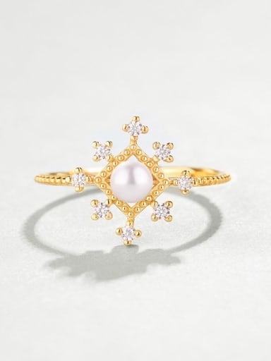 925 Sterling Silver With Freshwater Pearl Delicate Snowflake free size Ring