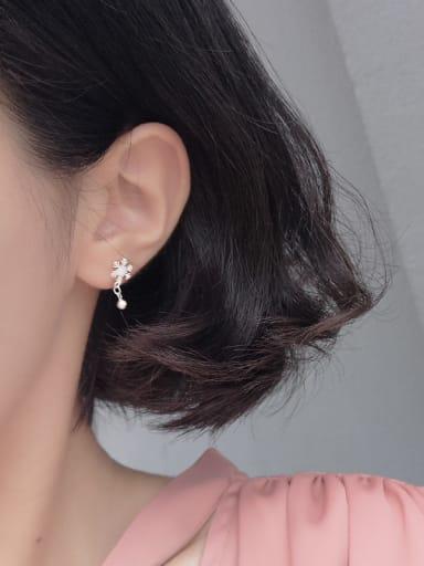 Fashion Tiny Snowflake Stud Earrings