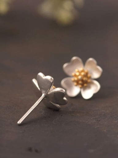 Lovely Flower Color Plated stud Earring