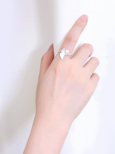 Freshwater Pearl Leaf Opening Ring