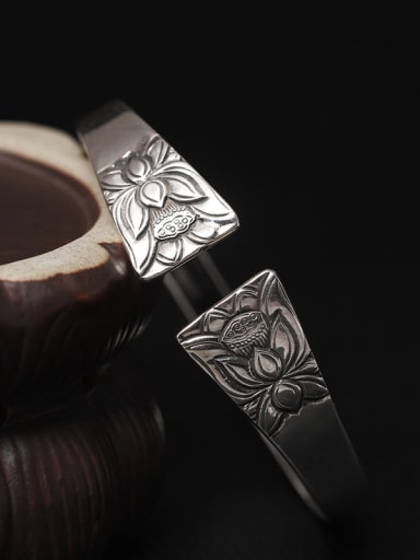 Flower Pattern Retro Opening Bangle
