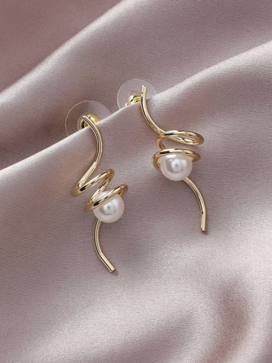 Alloy With Gold Plated Simplistic Irregular Drop Earrings