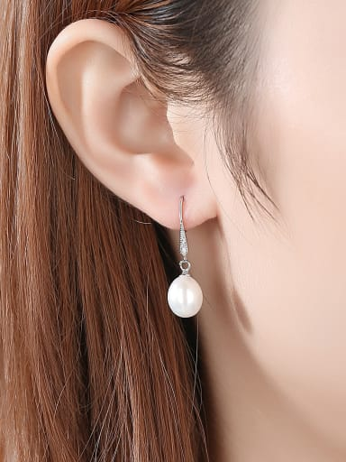 925 Sterling Silver With Platinum Plated Fashion Round Hook Earrings