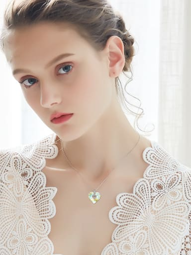 2018 Heart-shaped Crystal Necklace