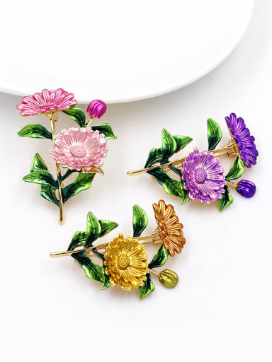 Alloy With Gold Plated Exaggerated Flower Brooches