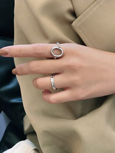 925 Sterling Silver With Platinum Plated Simplistic Hollow Round Free Size Rings
